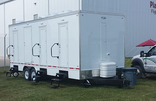 combo shower restroom trailer